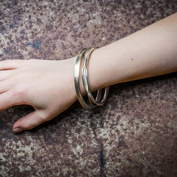 Armreifen 925/- Silber zum Schlüpfen handgeschmiedet